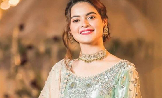 Manal Khan wore an engagement ring