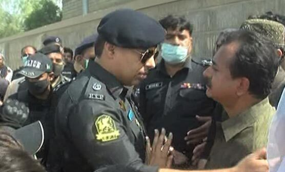 Karachi: Order to expel Haleem Adil Sheikh from PS-88 constituency on display of arms