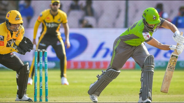 Lahore Qalandars defeated Peshawar Zalmi by 4 wickets