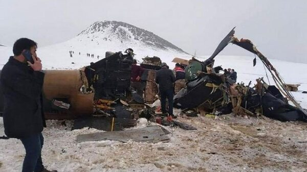 Turkish military helicopter crashes, killing 10 soldiers, including lieutenant general