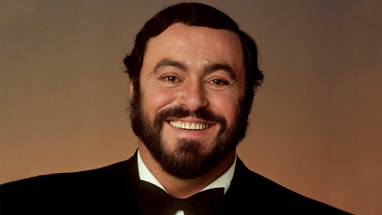 Luciano Pavarotti Biography