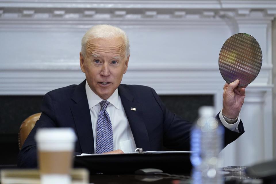 Biden joins CEO Summit on supply chains