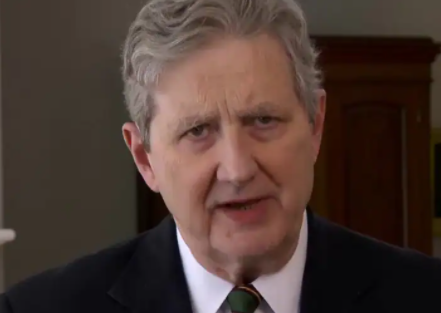 Sen. Kennedy rips MLB commissioner: 'Go to Amazon, buy a spine'