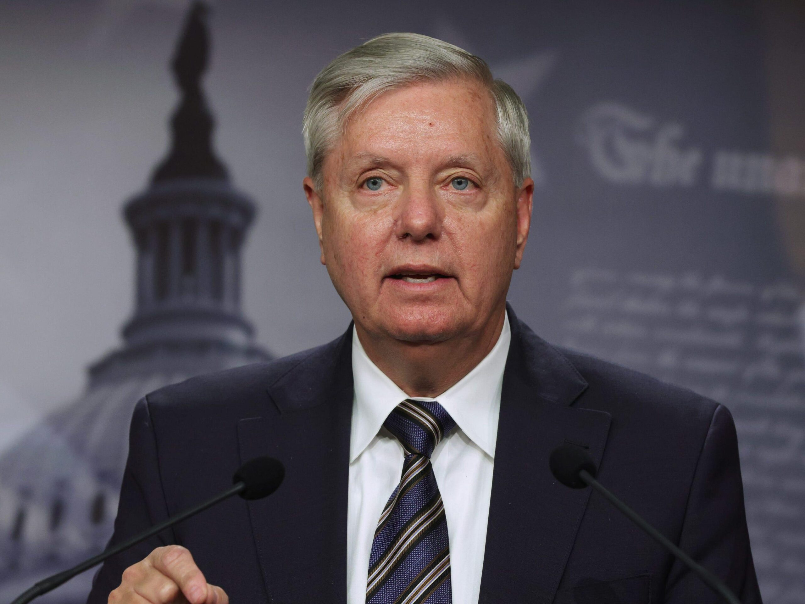 Lindsey Graham says voting for this bill will 'screw' corporate America