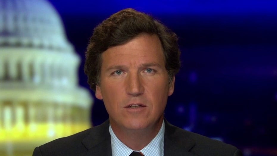 Tucker analyzes how Democrat policies are leading to cops resigning