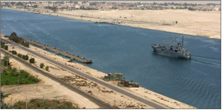Traffic resumes on Suez Canal, all ships sail to destinations