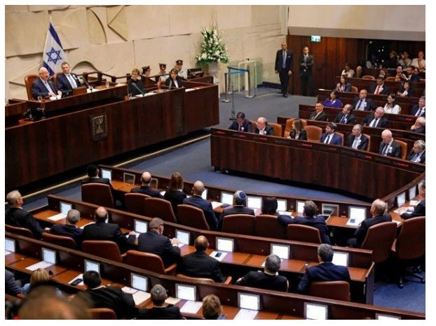 Israeli opposition parties announce coalition government